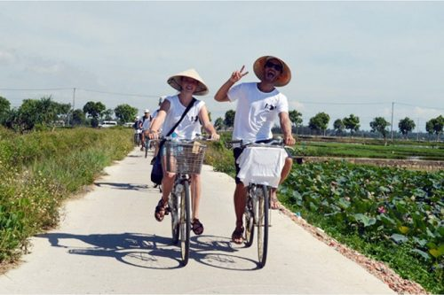 cycling in Hue