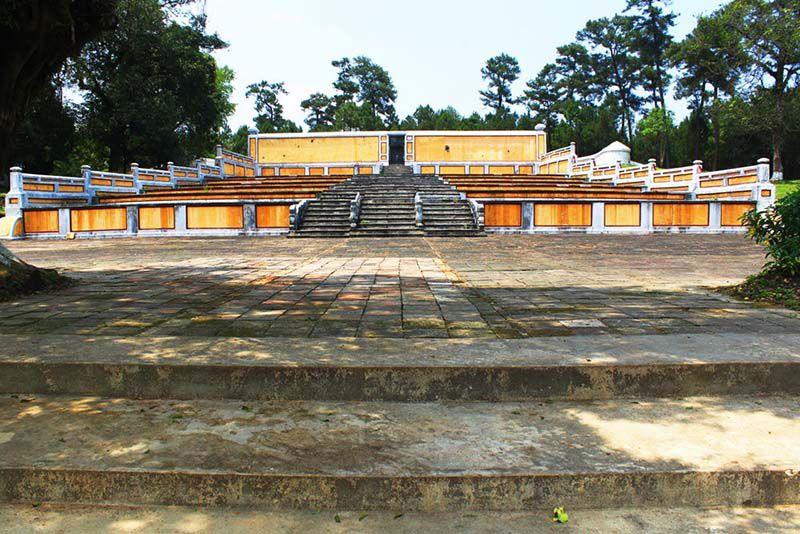 gia long tomb